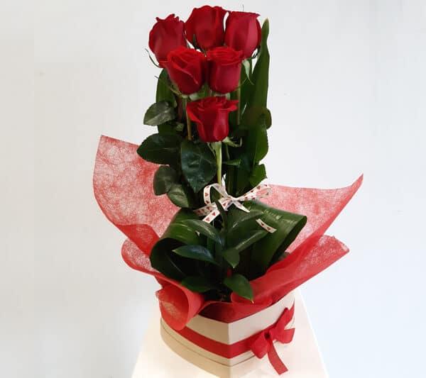 regalar flores en san valentín floristeria emprey 2